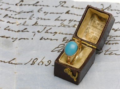 Anillo de Jane Austen y manuscrito de Cassandra. http://www.sothebys.com/es/auctions/ecatalogue/2012/english-literature-history-childrens-books-and-illustrations/lot.59.html?sort=lotnum