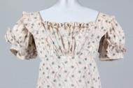 Subasta de vestidos de los siglos XVIII y XIX en KerryAuctions