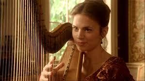 Mary Crawford tocando el arpa