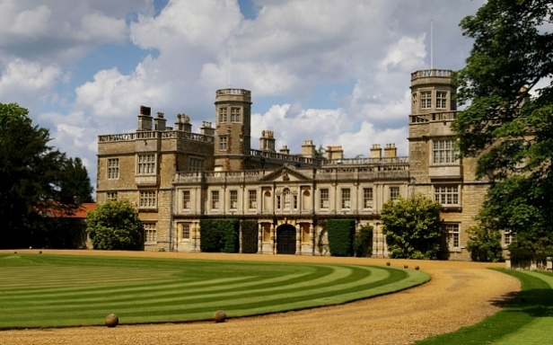 C0W4YP Castle Ashby, a stately home in Northamptonshire, UK